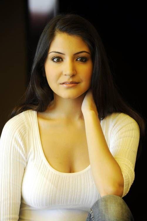 anushka-sharma-biography-wikipedia Actress Anushka Sharma Age Weight Decide Bikini Pictures Wiki